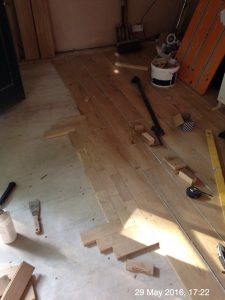 Plumpton Pit Stop fixing 22mm oak parquet flooring